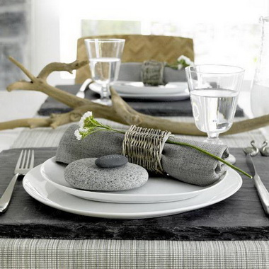 Салфетки под тарелки и блюда.
